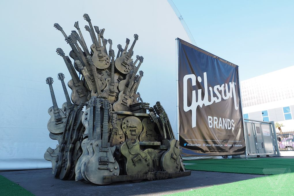 Gibson iron throne