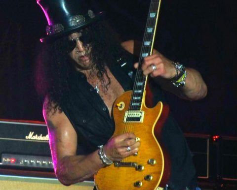 Slash guitarist solo